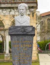 Photographie du buste sculpté de Azémar
