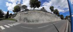 Photographie du mur de l'avenue Montaigut
